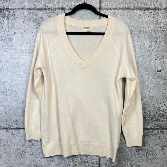Aritzia Sweaters - Aritzia // TNA Golden // V-Neck Pullover Sweater